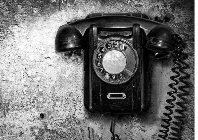 contatti-telefono-b-n (copia)
