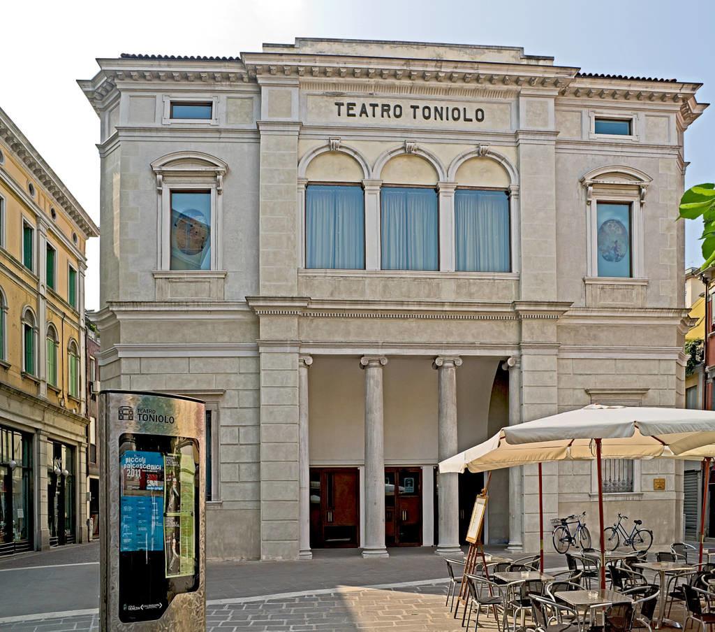 Meste_Teatro_toniolo
